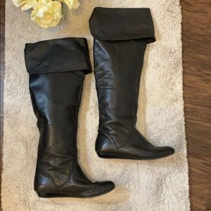 Report Over-the-Knee Black Boots